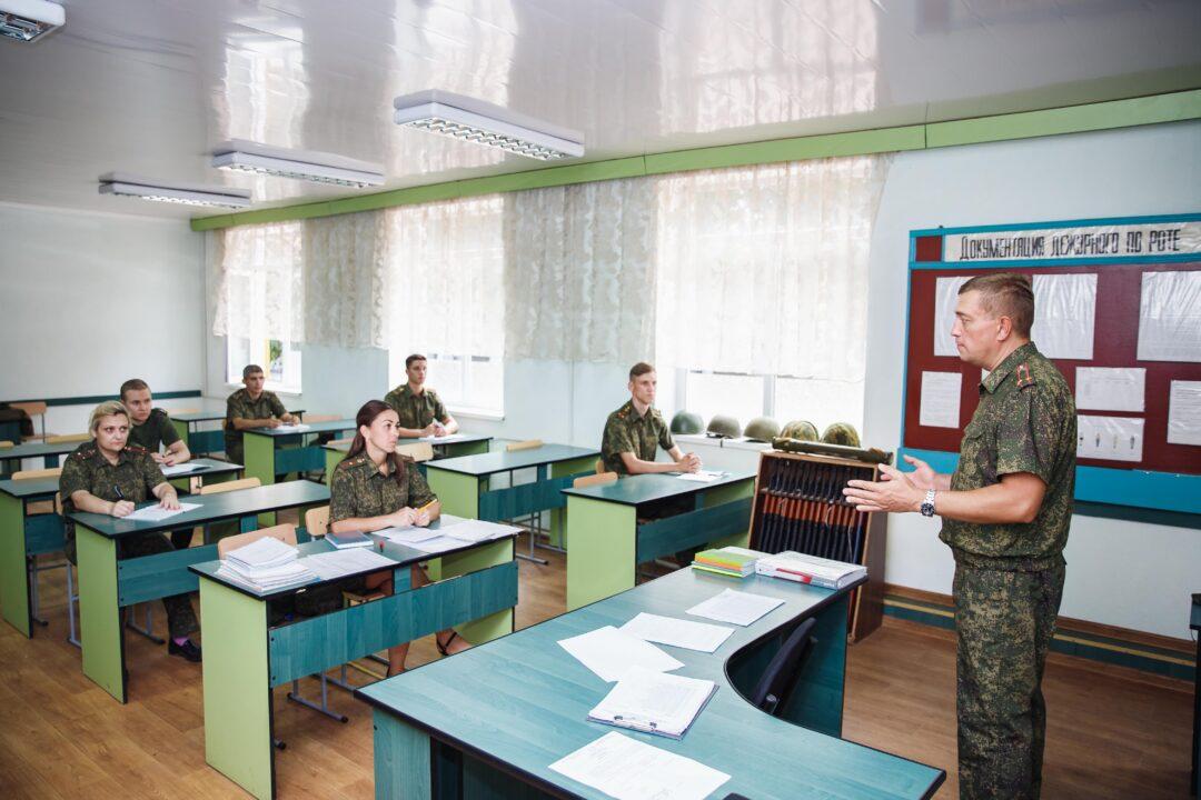 Преподаватели суворовцев